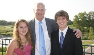 Phillip e Seus dois Filhos